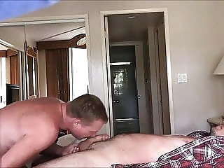 Plumber seduced by daddy amateur (gay) bareback (gay) blowjob (gay)