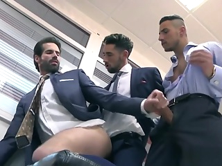 Muscle threesome with facial in office 21:33 2019-03-25