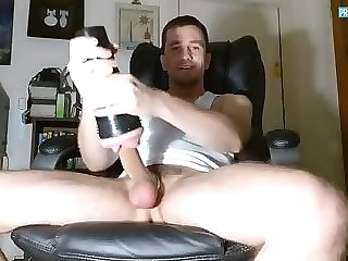 Proudbator using his Lovetoys and Poppers 36:10 2020-06-24